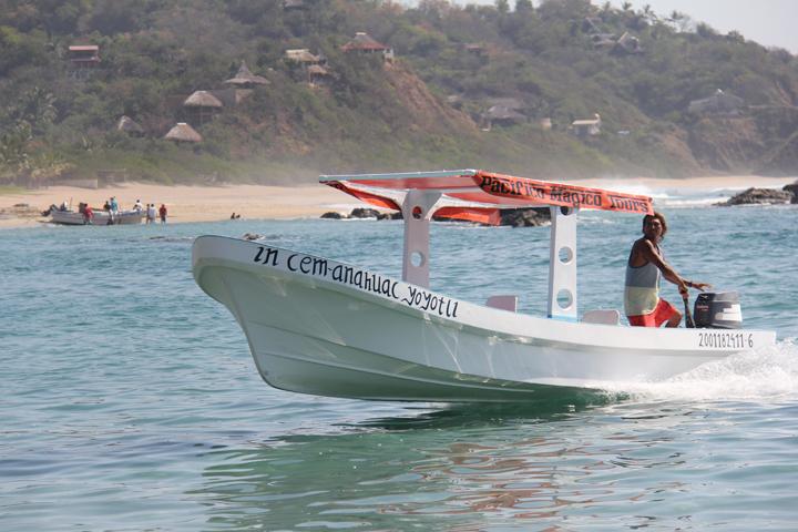 Efren de Pacifico Magico Tours Photo : Kristine Choinière