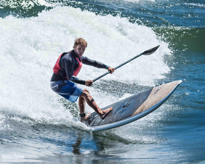 SUP surfing at Habitat 67 main wave, Hugo Lavictoire, KSF