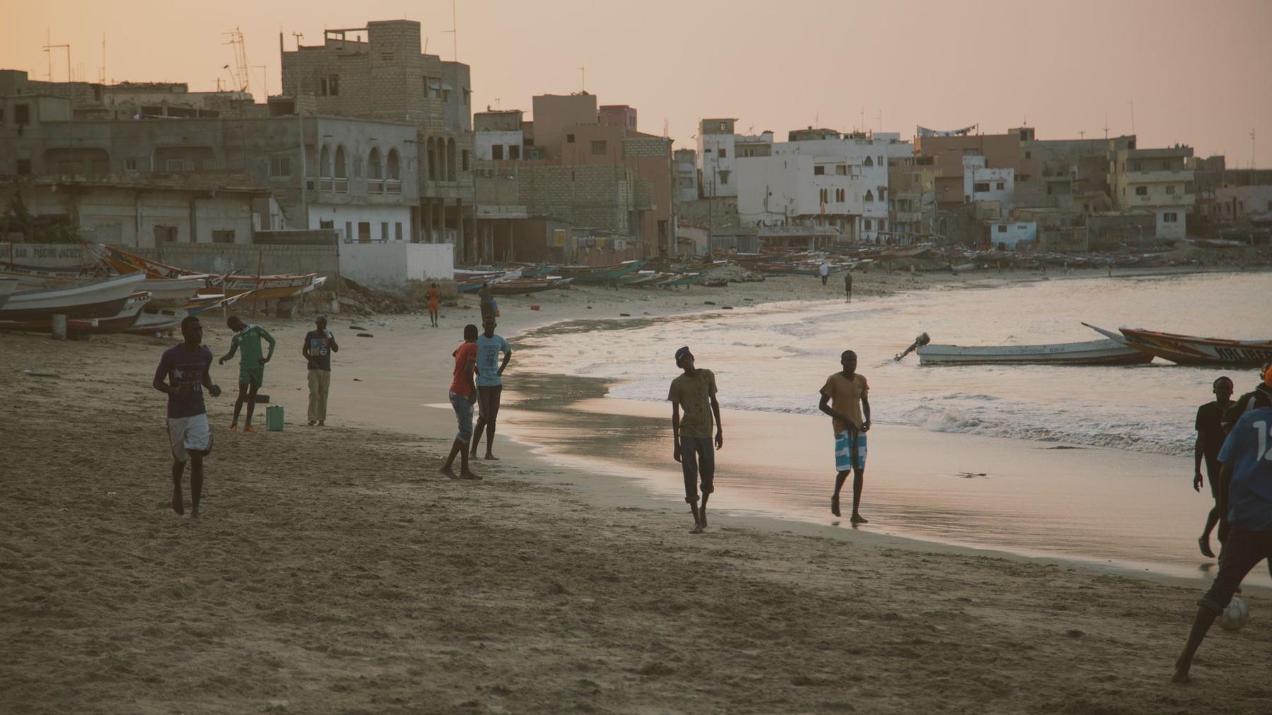 OuiSurf en Afrique Sénégal plage surf