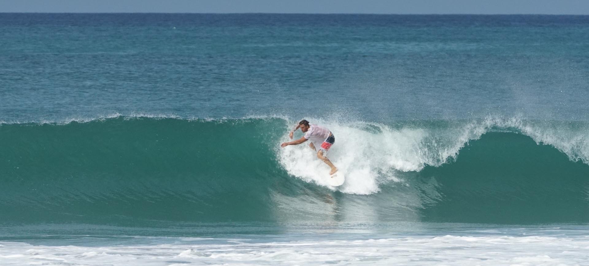 Philippe Leblond TheVanMan surfing