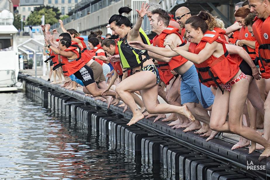 Se baigner dans l'eau du fleuve Saint-Laurent